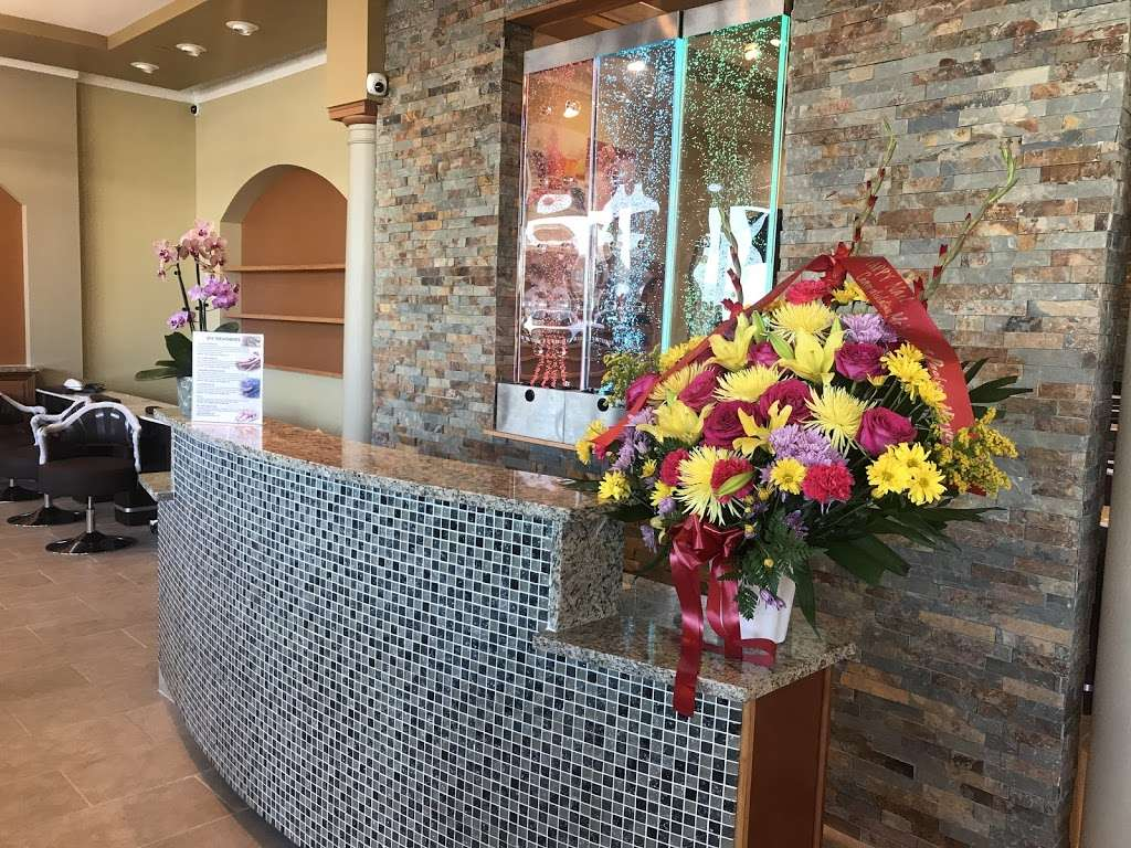 Happy Nails Brows & Lashes Bar - hair care  | Photo 10 of 10 | Address: 1627 E 95th St, Chicago, IL 60617, USA | Phone: (773) 221-3056