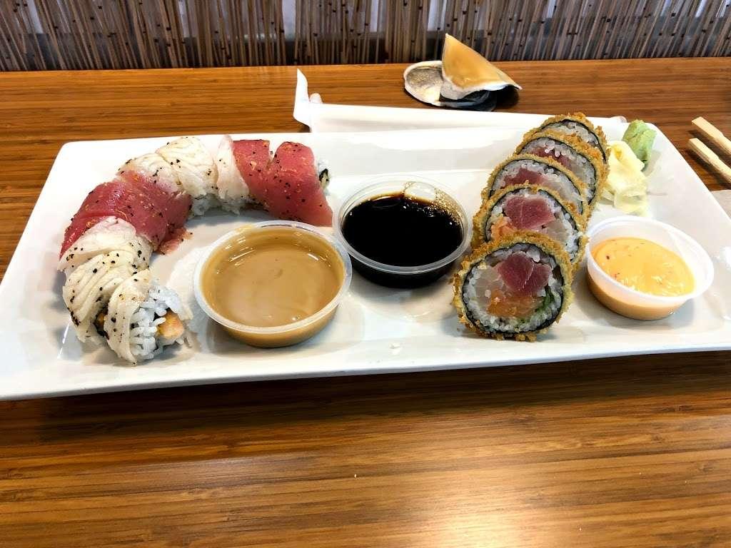 Ginger Sushi Boutique - restaurant  | Photo 2 of 8 | Address: 241 N Ocean Dr, Deerfield Beach, FL 33441, USA | Phone: (954) 708-2500