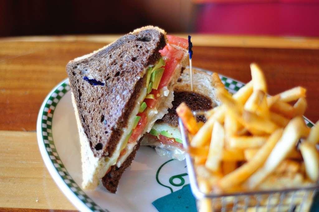 Barneys Beanery - restaurant  | Photo 6 of 10 | Address: 100 Fishermans Wharf H, Redondo Beach, CA 90277, USA | Phone: (424) 275-4820