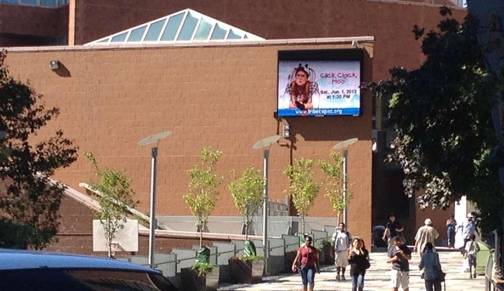 BMCC Tribeca Performing Arts Center - university    Photo 5 of 10   Address: 199 Chambers St, New York, NY 10007, USA   Phone: (833) 733-4232