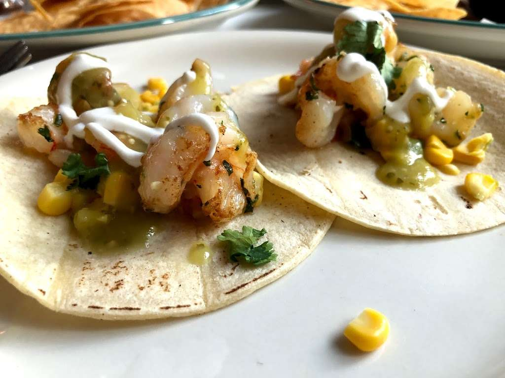 Taco Playa - restaurant  | Photo 9 of 10 | Address: 212 Front St, New York, NY 10038, USA | Phone: (212) 532-1519