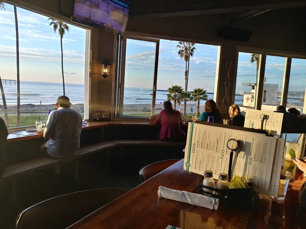 Wonderland Ocean Pub - restaurant  | Photo 2 of 7 | Address: 5083 Santa Monica Ave, San Diego, CA 92107, USA | Phone: (619) 255-3358