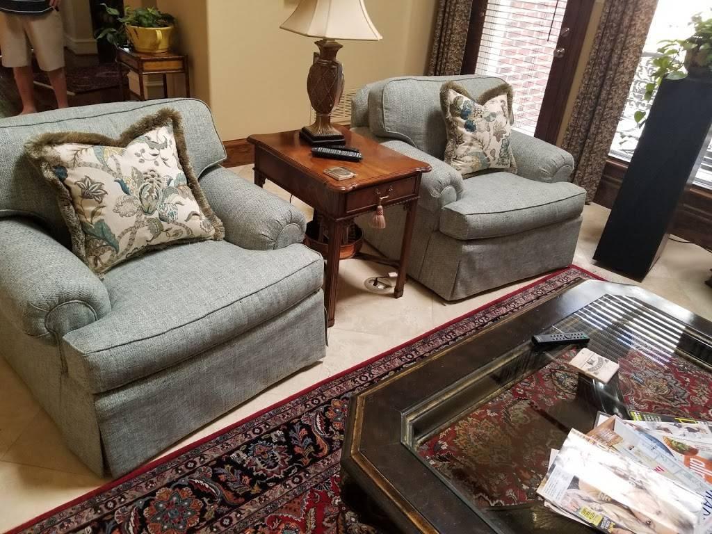 Reupholstery By Bonilla   Upholsterer   Custom Upholstery   Duncanville - furniture store    Photo 1 of 4   Address: 424 N Main St, Duncanville, TX 75116, USA   Phone: (972) 283-8505