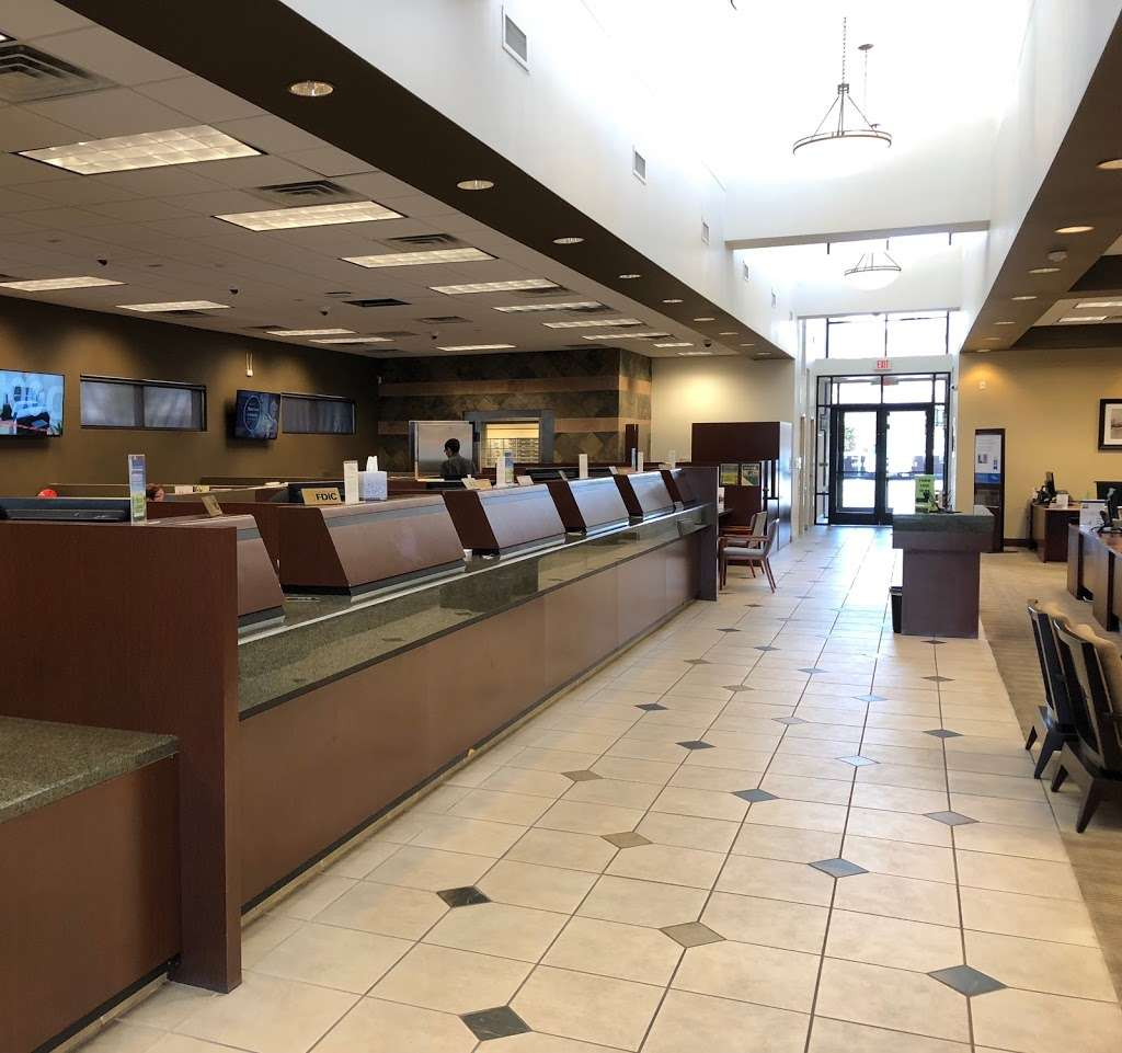 Bank of Nevada - bank  | Photo 6 of 9 | Address: 3985 S Durango Dr, Las Vegas, NV 89147, USA | Phone: (702) 363-5140