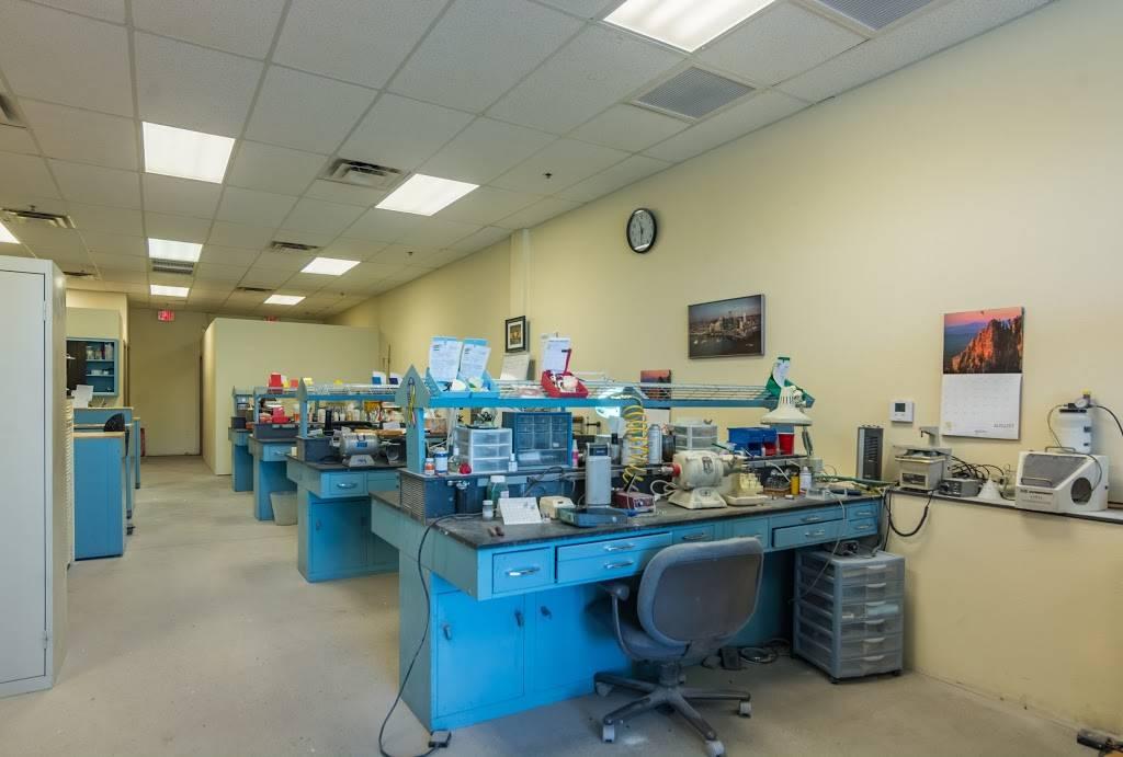 The Dentist LLC - dentist    Photo 9 of 10   Address: 1855 W Greenway Rd #107, Phoenix, AZ 85023, USA   Phone: (602) 331-7001
