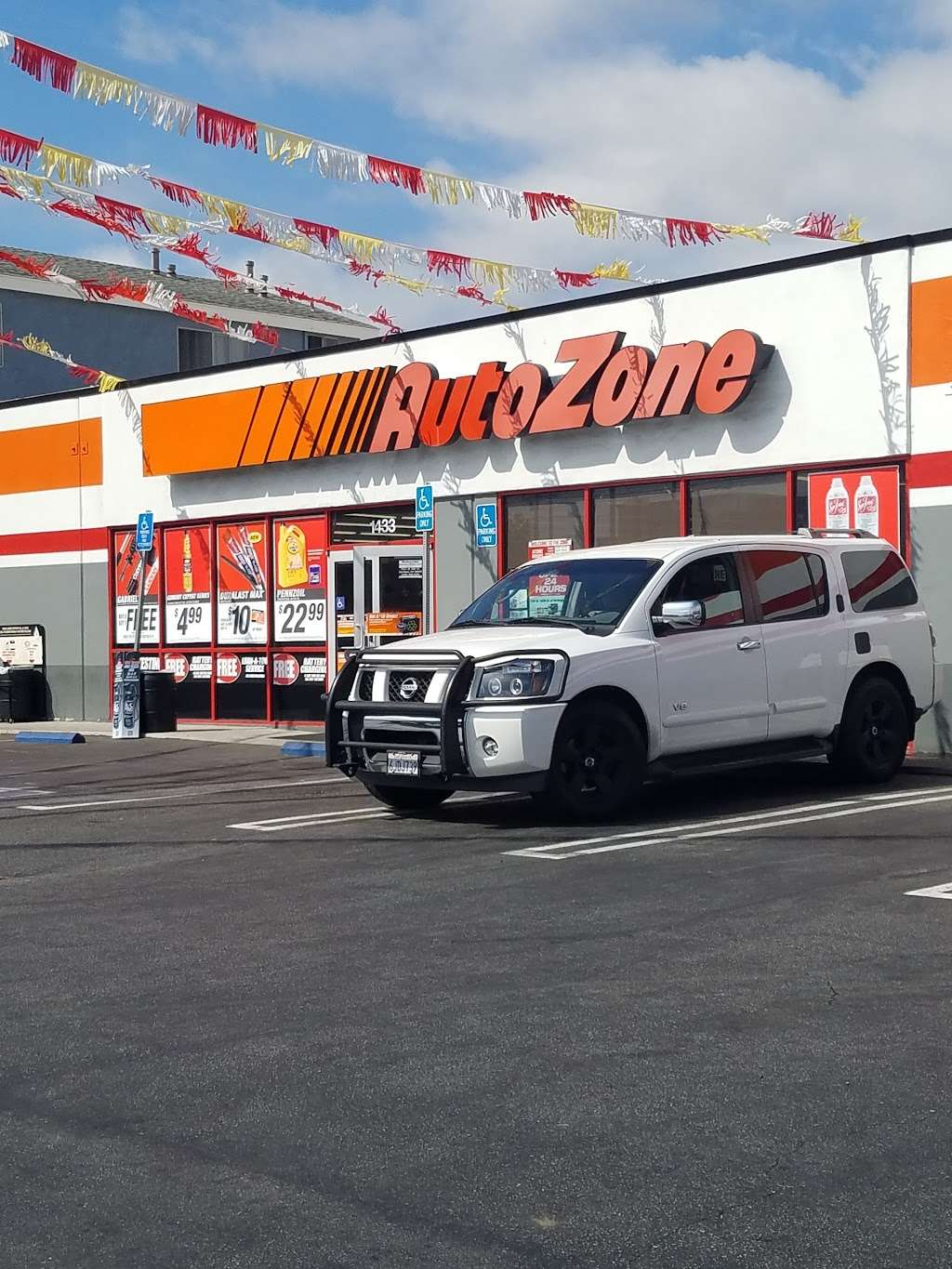 AutoZone Auto Parts - car repair  | Photo 1 of 10 | Address: 1433 W Carson St, Torrance, CA 90501, USA | Phone: (310) 328-4843