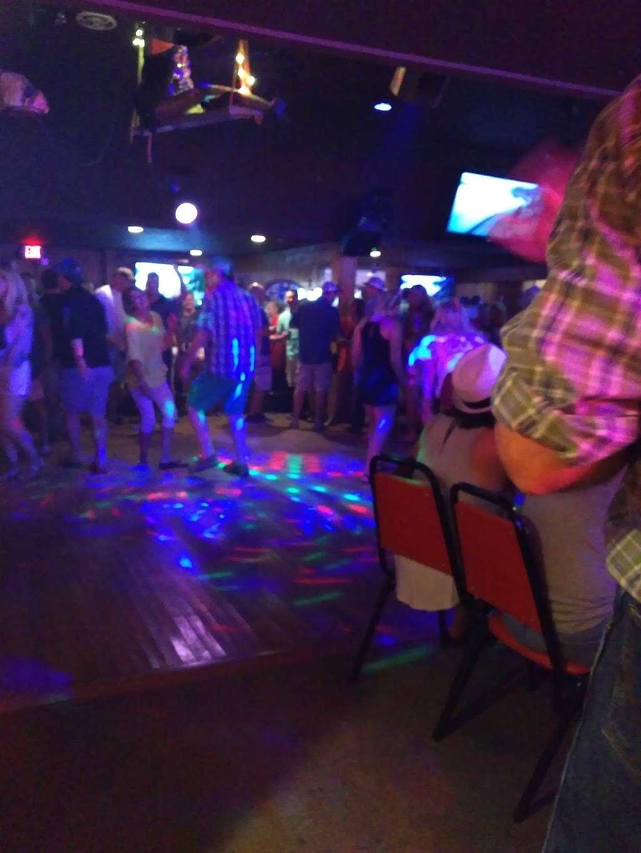 Ships Wheel - night club  | Photo 9 of 10 | Address: 1271 State Hwy 87, Port Bolivar, TX 77650, USA | Phone: (409) 684-4036