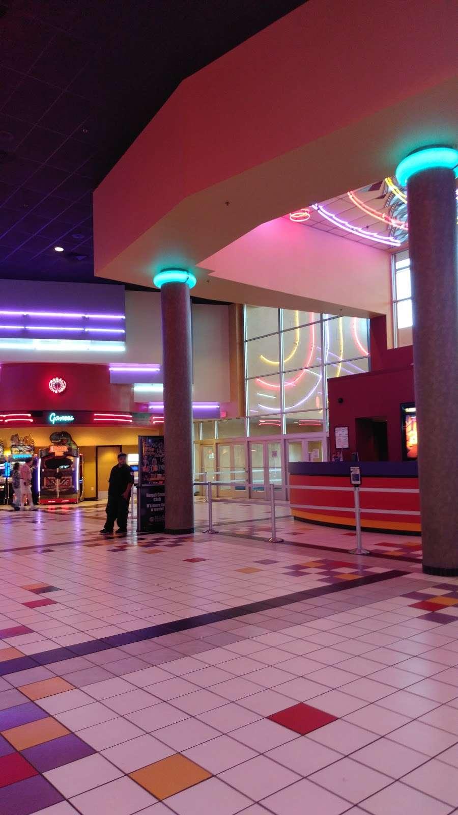Regal Cinemas Barn Plaza 14, 1745 S Easton Rd, Doylestown ...