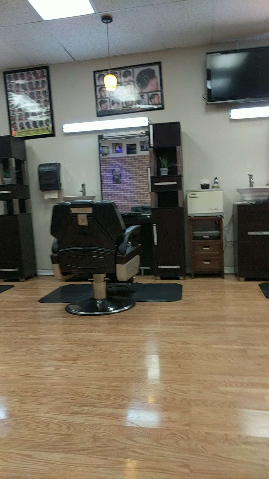 Nostalgic Soul Barber Studio, 9 San Pablo Ave, Pinole, CA 9, USA