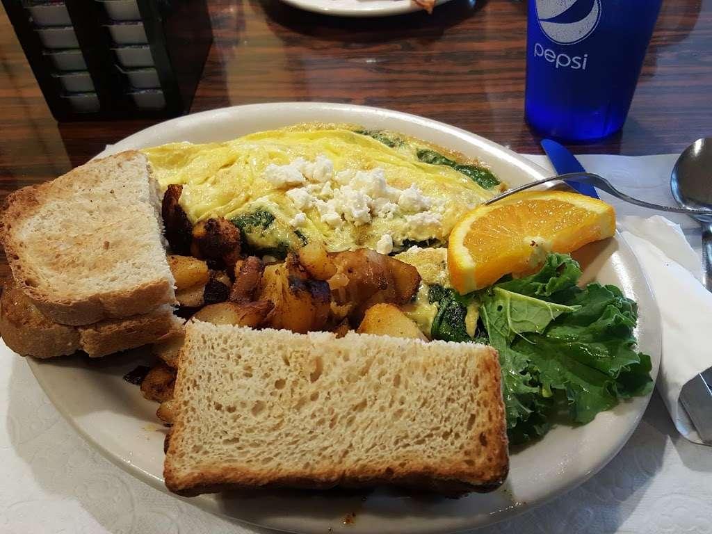 Cooks Corner in Smithville NJ - cafe  | Photo 2 of 10 | Address: 3 N New York Rd, Galloway, NJ 08205, USA | Phone: (609) 748-9030