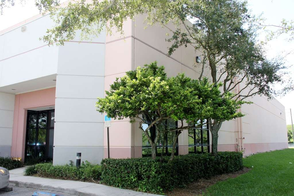 PROMPTUS, LLC - storage  | Photo 3 of 10 | Address: 3950 Executive Way, Miramar, FL 33025, USA | Phone: (305) 687-1405