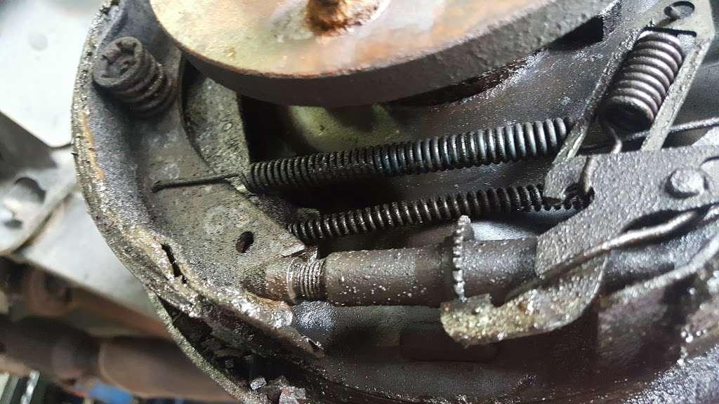 Demi Auto Care & Tires - car repair    Photo 4 of 7   Address: 1100 Convery Blvd, Perth Amboy, NJ 08861, USA   Phone: (201) 615-3213