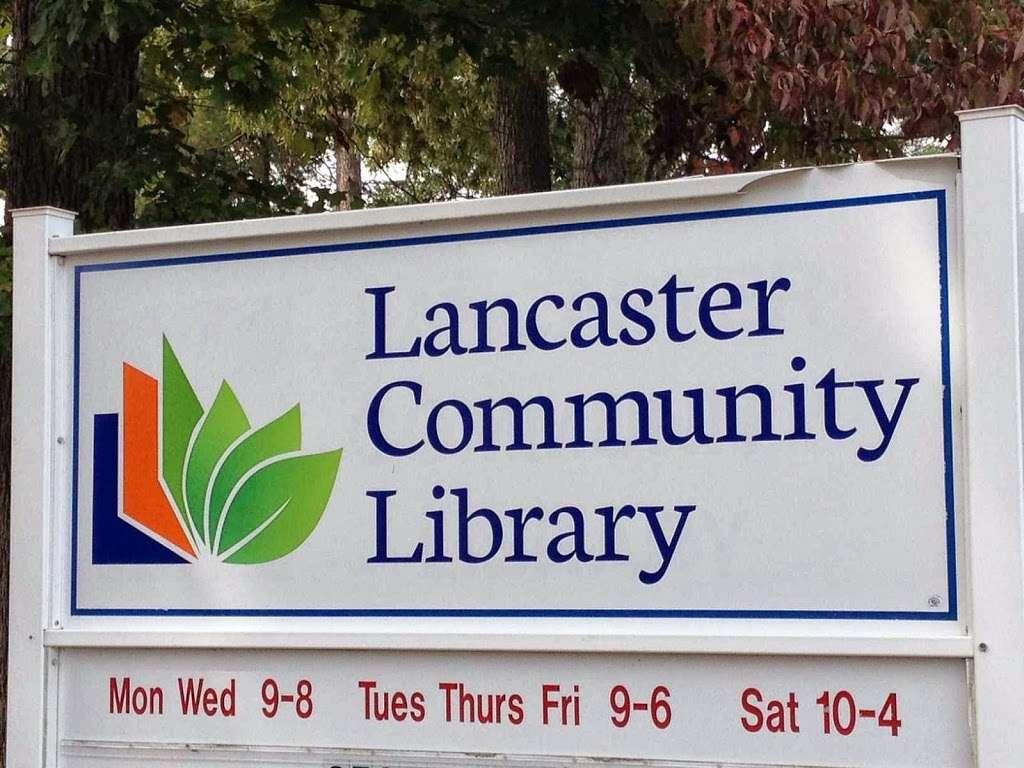 Lancaster Community Library - library    Photo 4 of 9   Address: 16 Town Centre Dr, Kilmarnock, VA 22482, USA   Phone: (804) 435-1729