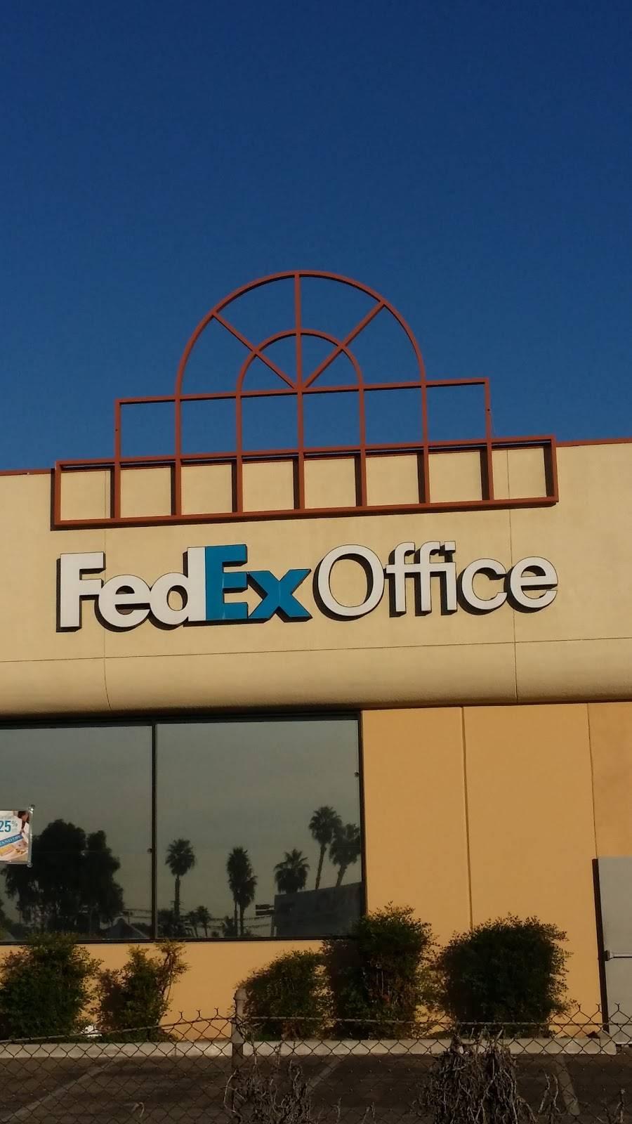 FedEx Office Print & Ship Center - store  | Photo 5 of 9 | Address: 1440 S E St Suite B, San Bernardino, CA 92408, USA | Phone: (909) 381-6282