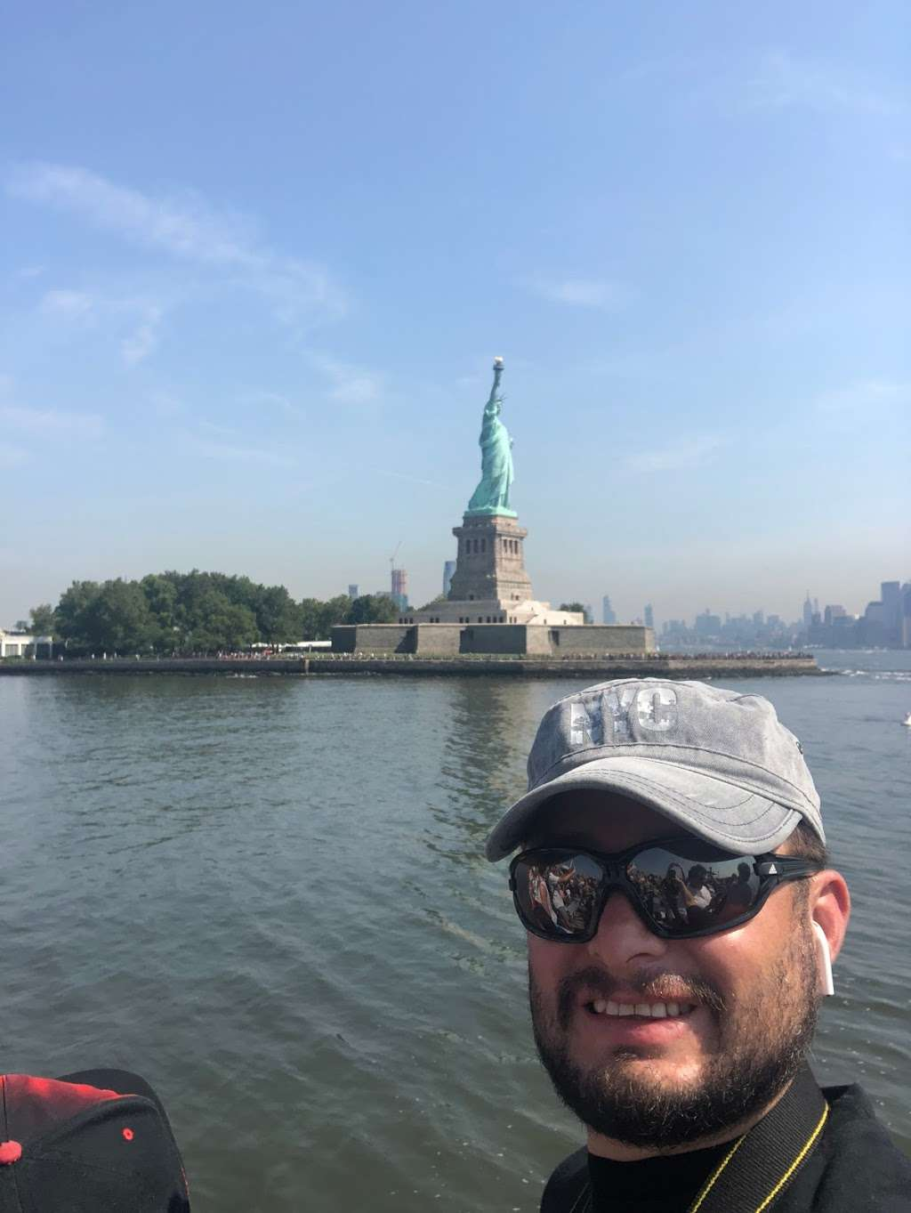 Circle Line Statue of Liberty - travel agency  | Photo 3 of 3 | Address: 80 Audrey Zapp Dr, Jersey City, NJ 07304, USA | Phone: (877) 523-9849