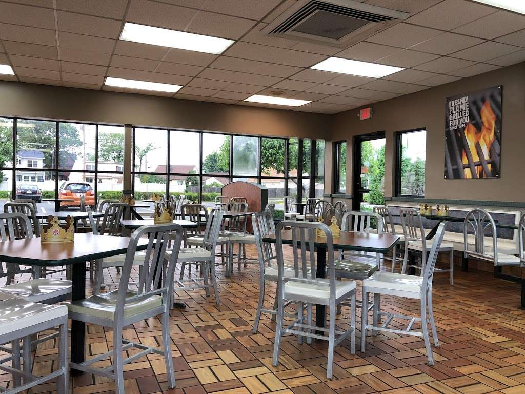 Burger King - restaurant  | Photo 6 of 10 | Address: 195 Moonachie Rd, Moonachie, NJ 07074, USA | Phone: (201) 440-9700