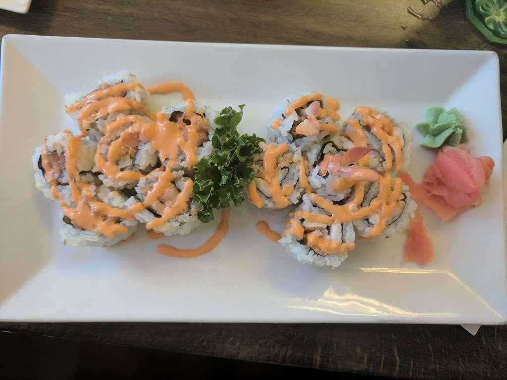 Sushi Island - restaurant  | Photo 4 of 8 | Address: 520 Bergen Blvd, Palisades Park, NJ 07650, USA | Phone: (201) 346-9006