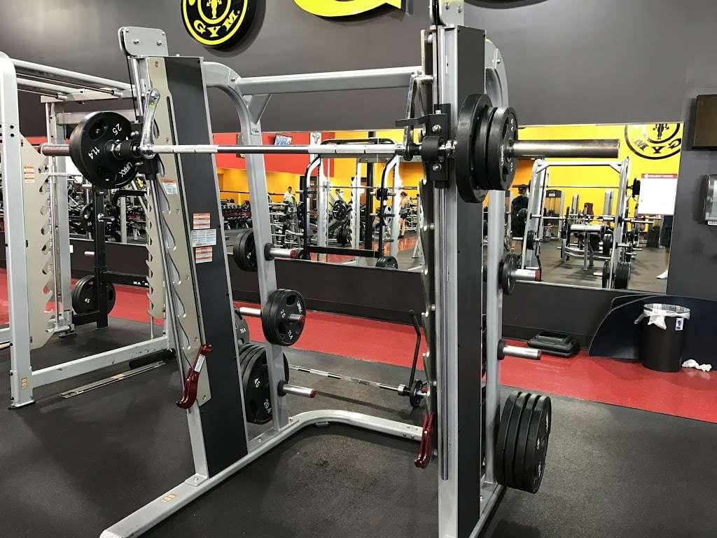 Golds Gym - gym  | Photo 10 of 10 | Address: 3040 FM 1960 #300, Houston, TX 77073, USA | Phone: (281) 645-2100