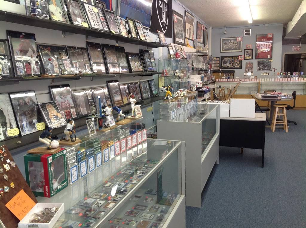 GameTime Sports Cards & Collectables - store  | Photo 3 of 10 | Address: 1449 Eubank Blvd NE, Albuquerque, NM 87112, USA | Phone: (505) 294-3087
