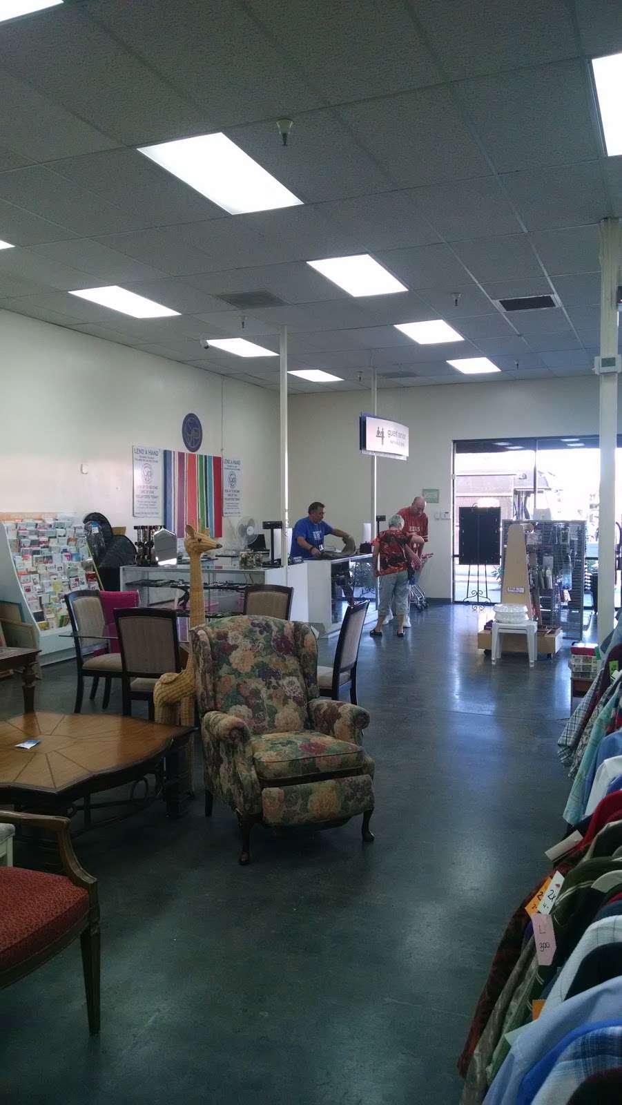 Society of St. Vincent de Paul - Chandler Thrift Store - book store  | Photo 6 of 10 | Address: 963 W Elliot Rd, Chandler, AZ 85225, USA | Phone: (480) 812-1156