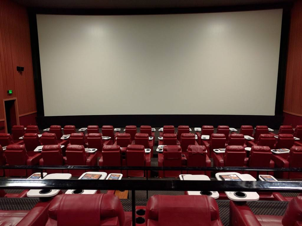 Marcus Oakdale Cinema - movie theater  | Photo 2 of 9 | Address: 5677 Hadley Ave N, Oakdale, MN 55128, USA | Phone: (651) 770-4992