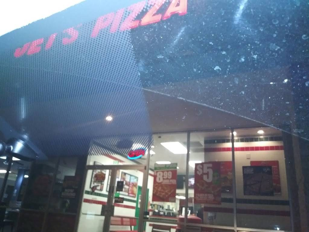 Jets Pizza - meal delivery  | Photo 9 of 10 | Address: 2001 Cross Timbers Rd #105, Flower Mound, TX 75028, USA | Phone: (972) 221-5387