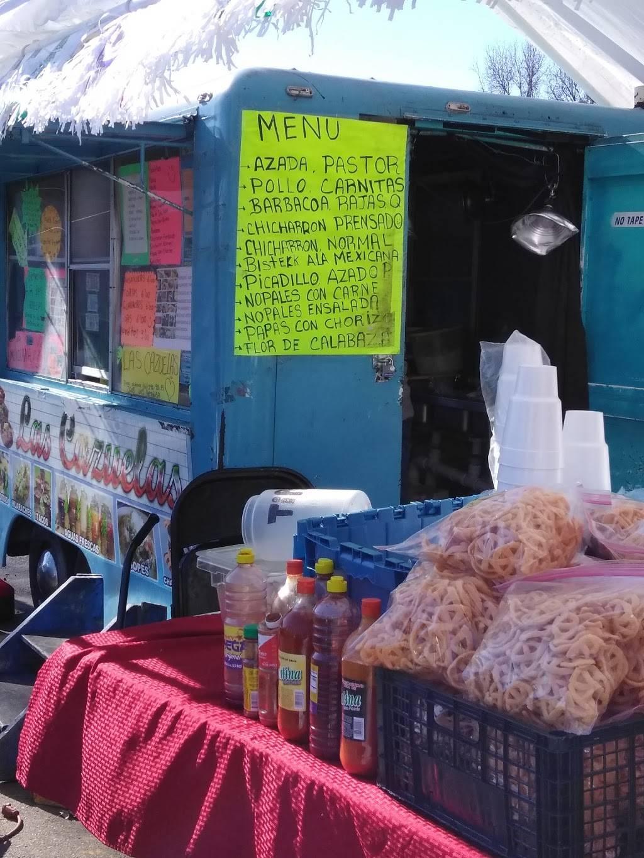 Las Cazuelas Bus Tacos - restaurant  | Photo 2 of 7 | Address: Memphis, TN 38108, USA | Phone: (901) 292-9855