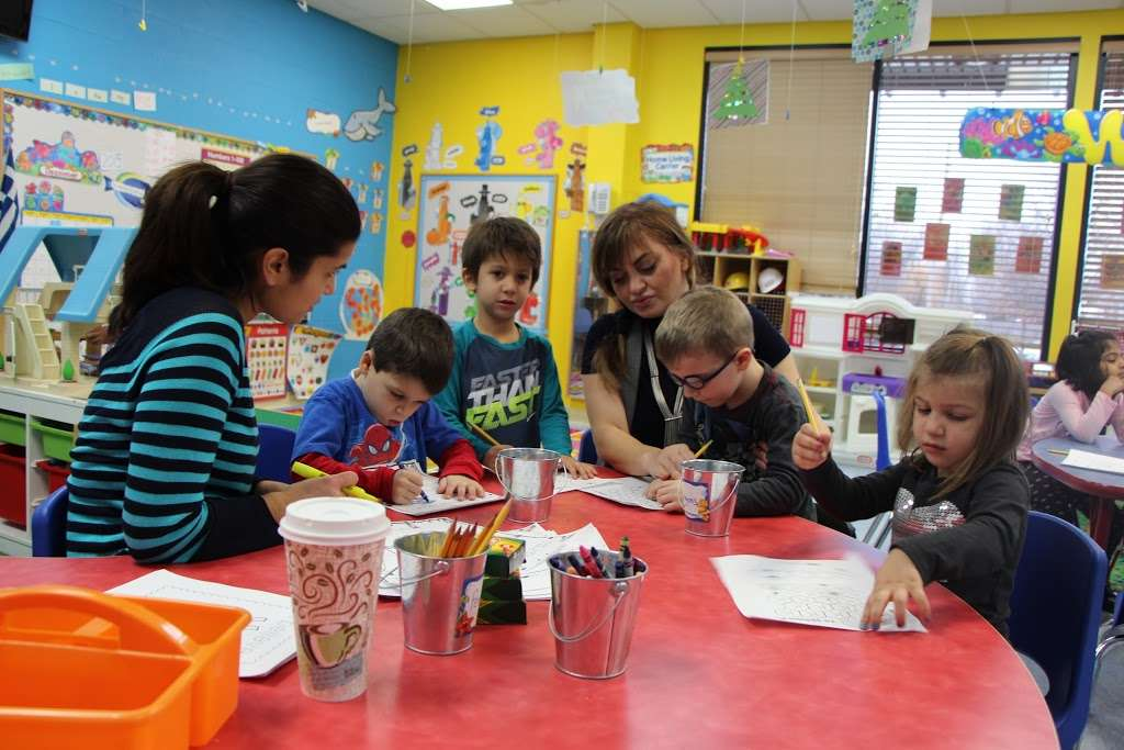Hellenic American Academy - school  | Photo 2 of 9 | Address: 445 Pine St, Deerfield, IL 60015, USA | Phone: (847) 317-1063