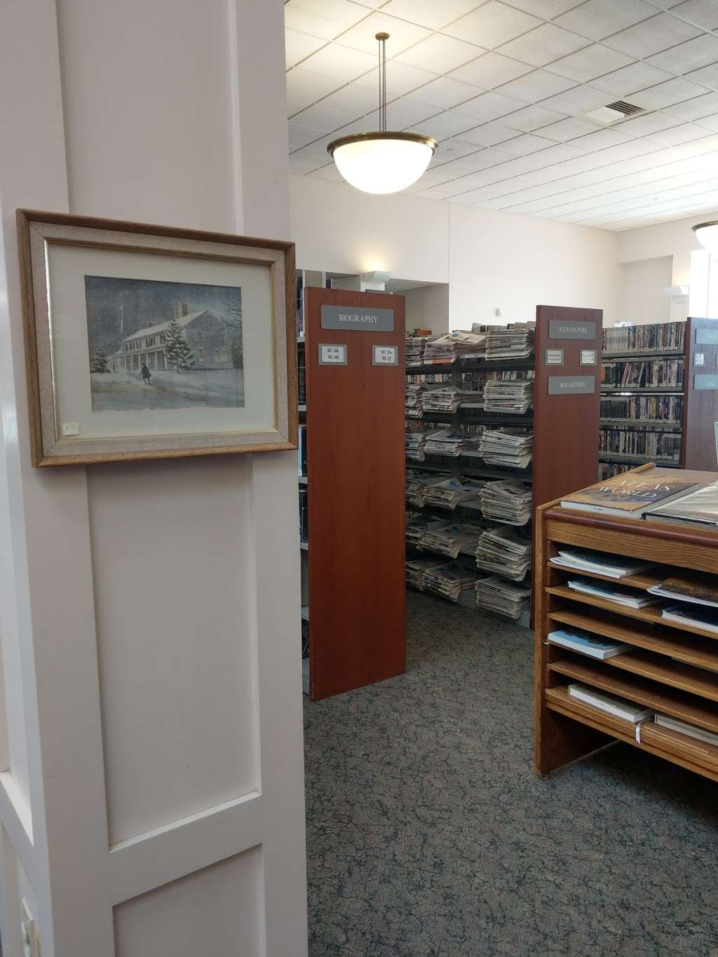 Leach Public Library - library  | Photo 5 of 10 | Address: 276 Mammoth Rd, Londonderry, NH 03053, USA | Phone: (603) 432-1132