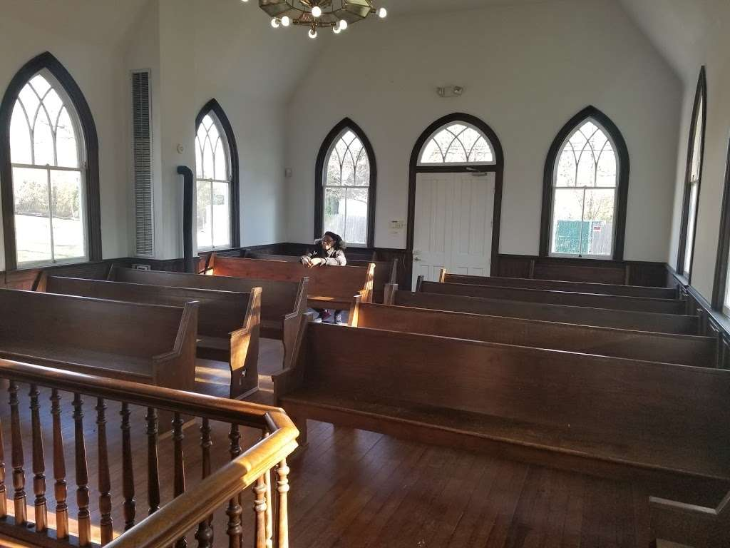 Dorsey Chapel - church  | Photo 4 of 10 | Address: 10704 Brookland Rd, Glenn Dale, MD 20769, USA | Phone: (301) 352-5544