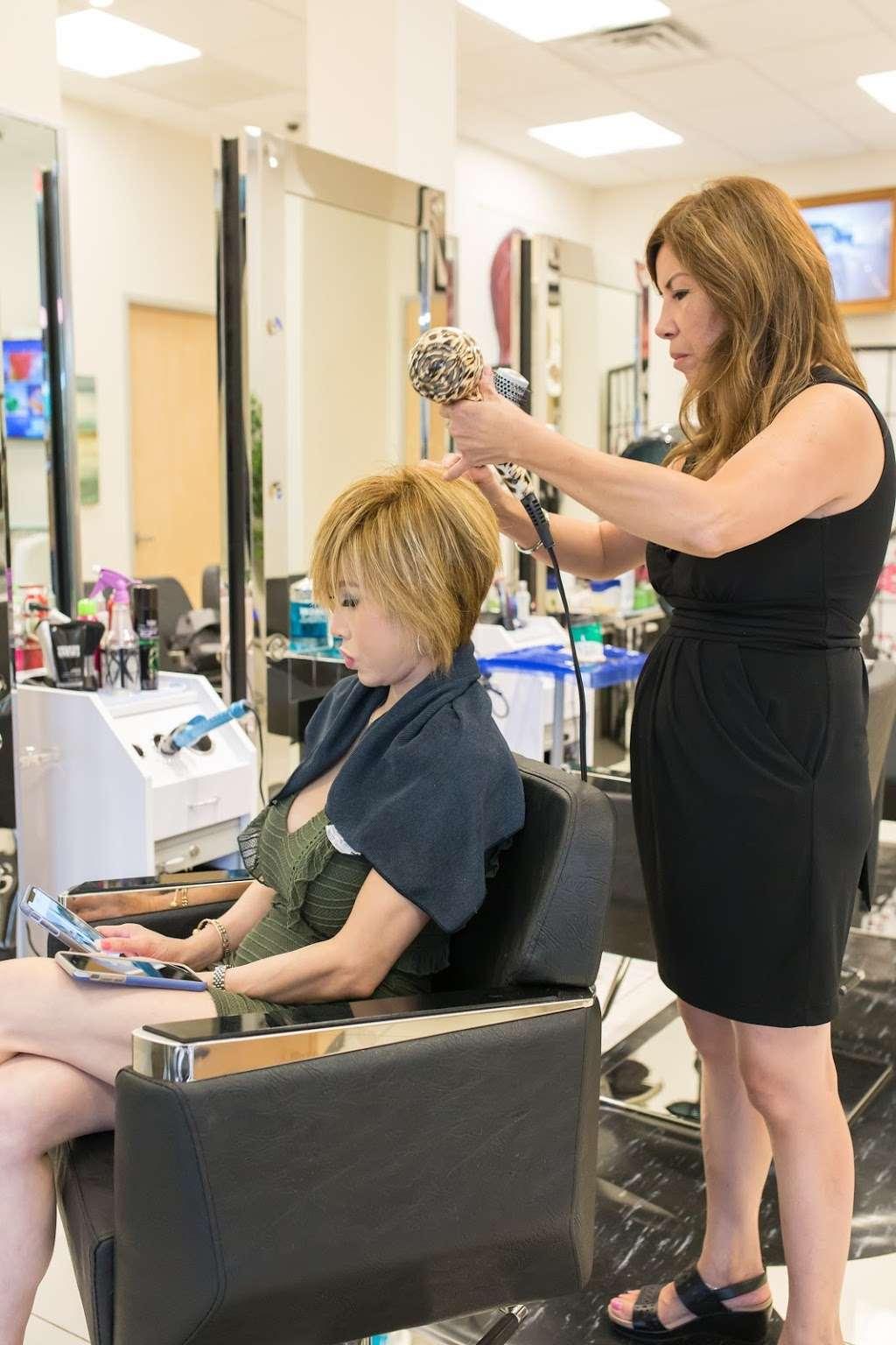 Cozy Hair Salon - hair care  | Photo 6 of 10 | Address: 2814 S Shepherd Dr, Houston, TX 77098, USA | Phone: (832) 684-9699