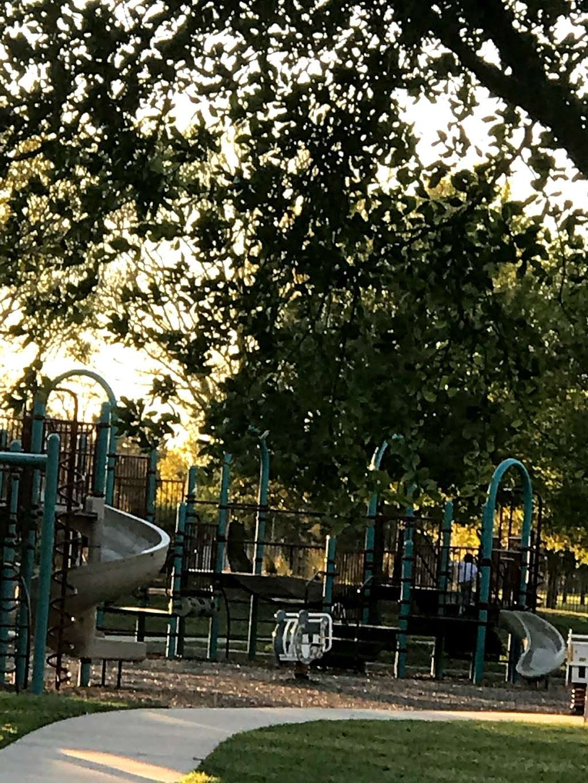Sedona - Ralston Bend Park - park  | Photo 2 of 10 | Address: Ralston Bend Ln, Katy, TX 77494, USA
