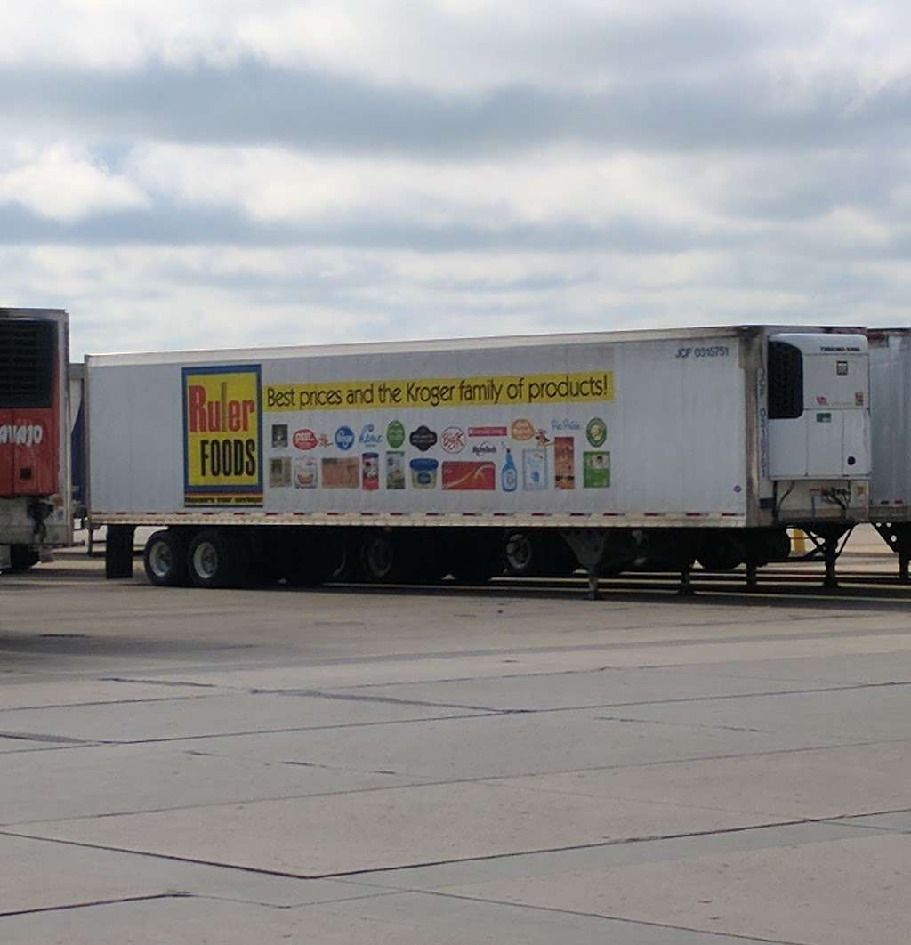Kroger Warehouse - storage  | Photo 1 of 10 | Address: 4301 County Rd 125 W, Shelbyville, IN 46176, USA