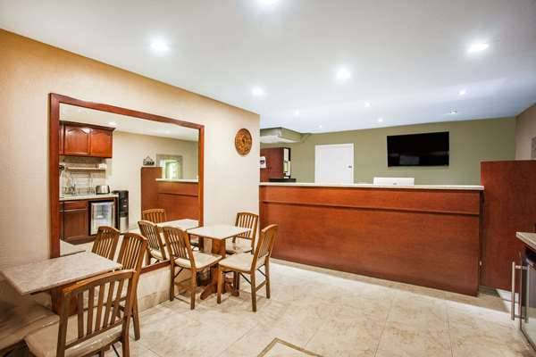 Super 8 by Wyndham Redlands/San Bernardino - lodging  | Photo 6 of 9 | Address: 1160 Arizona St, Redlands, CA 92374, USA | Phone: (909) 335-1612