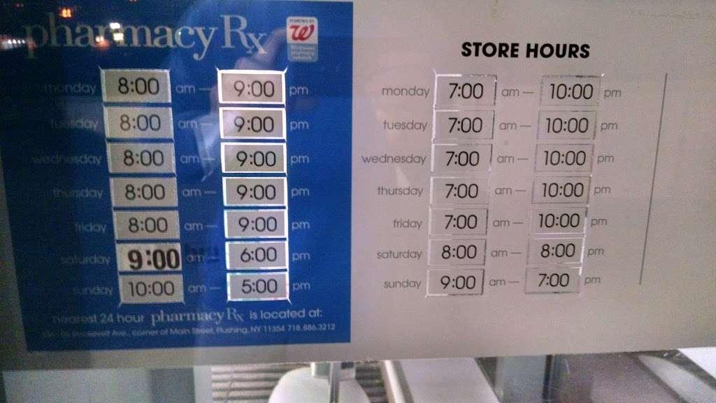 Duane Reade - convenience store    Photo 3 of 10   Address: 425 Main St, New York, NY 10044, USA   Phone: (646) 521-2260