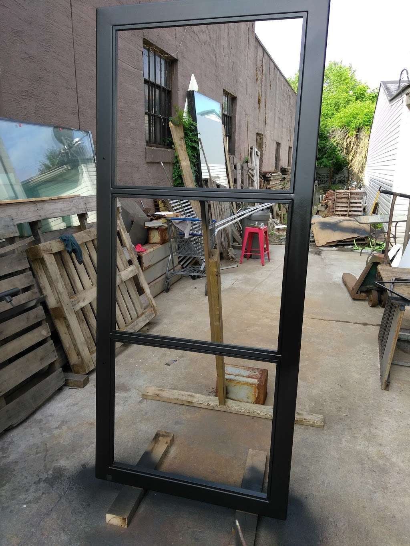 Raymond Glass Co Inc - car repair  | Photo 5 of 10 | Address: 311 Communipaw Ave, Jersey City, NJ 07304, USA | Phone: (201) 333-5446