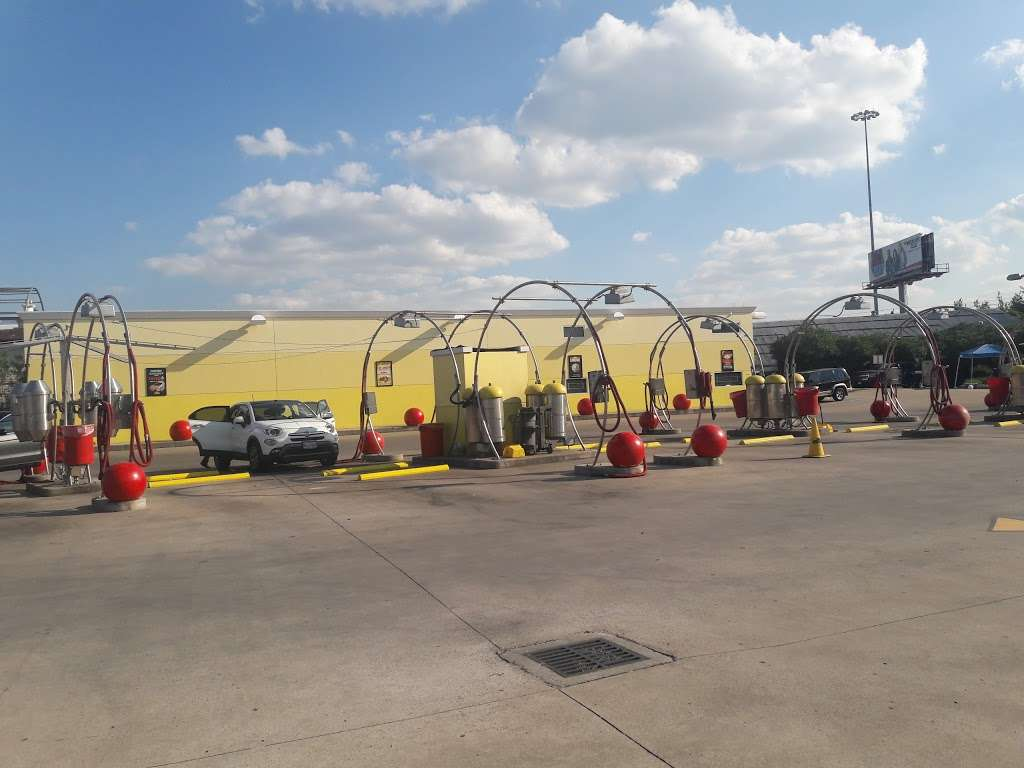 CARisma WASH - car wash  | Photo 3 of 10 | Address: 4510 Telephone Rd, Houston, TX 77087, USA | Phone: (713) 644-5500