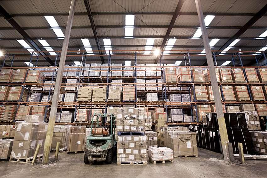 Forest Freight Ltd. - moving company    Photo 1 of 10   Address: Barlow Way South, Fairview Industrial Park, Rainham RM13 8UJ, UK   Phone: 01708 552222