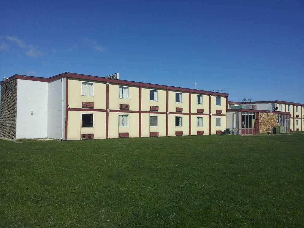 Sun Motel - lodging  | Photo 1 of 10 | Address: 140 S Hickory St, Braidwood, IL 60408, USA | Phone: (815) 458-2812