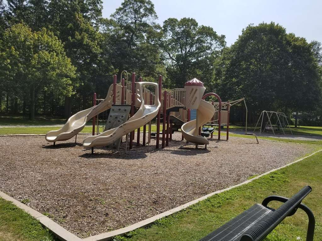 Caledonia Park - park  | Photo 1 of 10 | Address: 670 Caledonia Rd, Dix Hills, NY 11746, USA