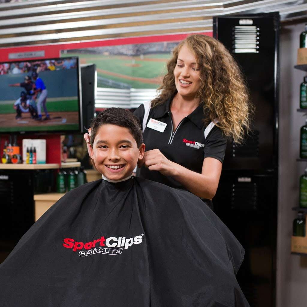 Sport Clips Haircuts of German Church Shops - hair care  | Photo 9 of 10 | Address: 10935 E Washington St, Indianapolis, IN 46229, USA | Phone: (317) 897-9674