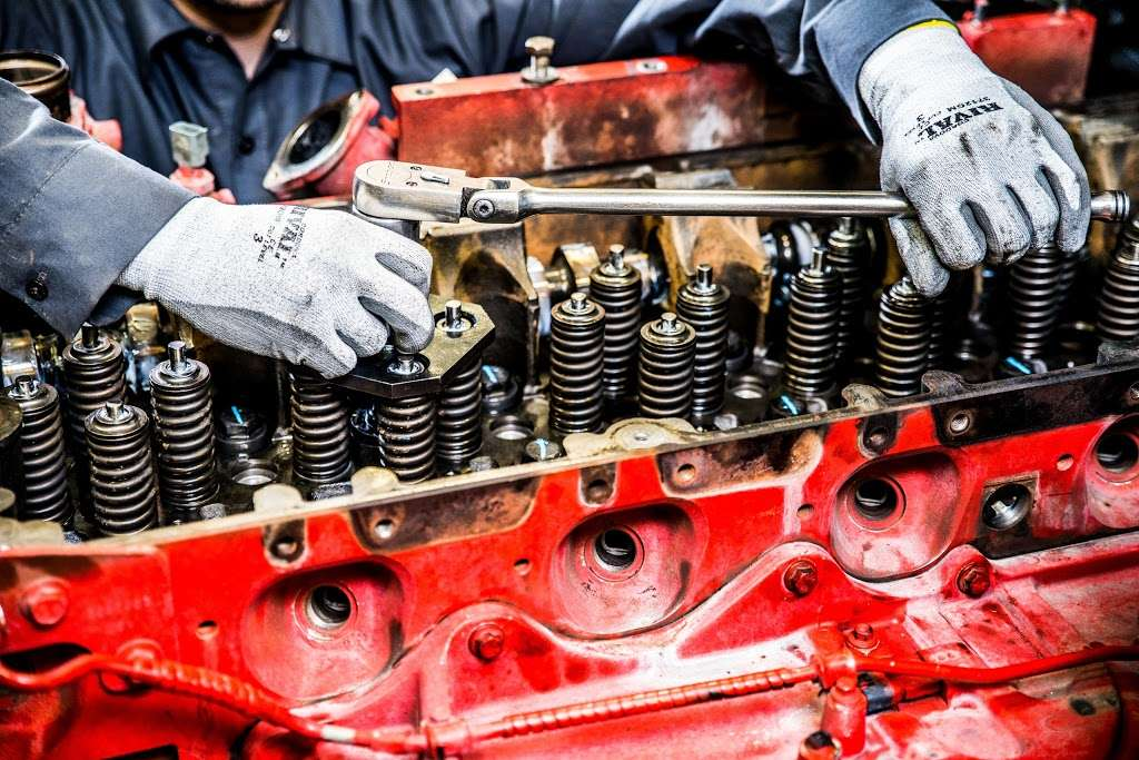 Cummins Sales and Service - car repair  | Photo 1 of 10 | Address: 3061 S Riverside Ave, Bloomington, CA 92316, USA | Phone: (800) 653-4373