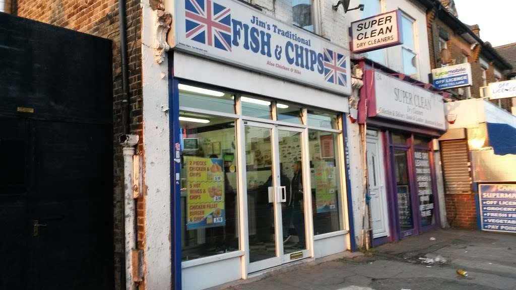 Jims Fish And Chips - meal takeaway  | Photo 3 of 10 | Address: 152 Ordnance Rd, Enfield EN3 6DL, UK | Phone: 01992 763585