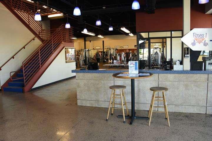 Fitness 1 Gym - gym  | Photo 5 of 10 | Address: 802 E Union Hills Dr, Phoenix, AZ 85024, USA | Phone: (623) 582-0565