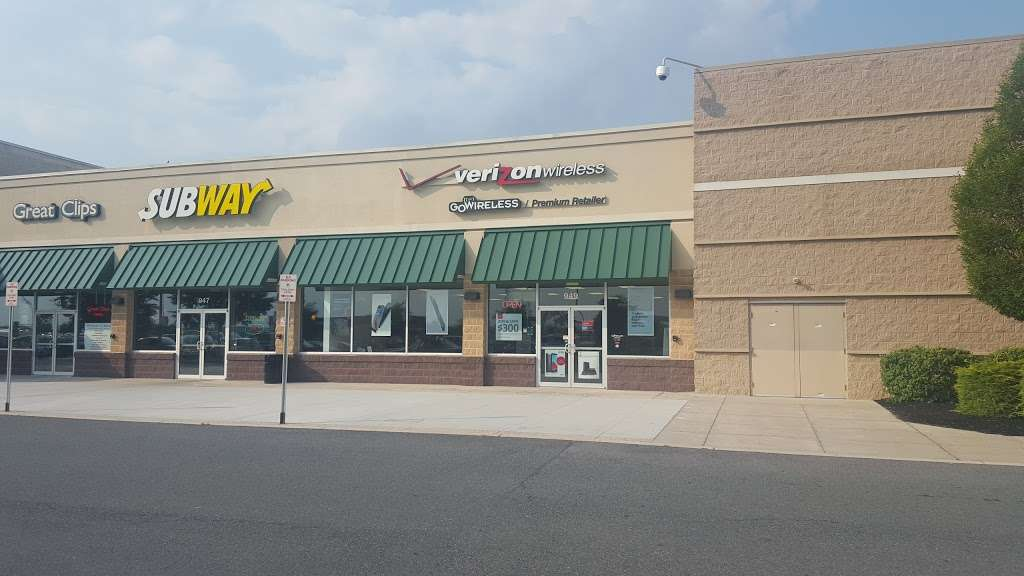 Verizon Authorized Retailer – GoWireless - electronics store  | Photo 1 of 7 | Address: 949 Norland Ave, Chambersburg, PA 17201, USA | Phone: (717) 709-9290