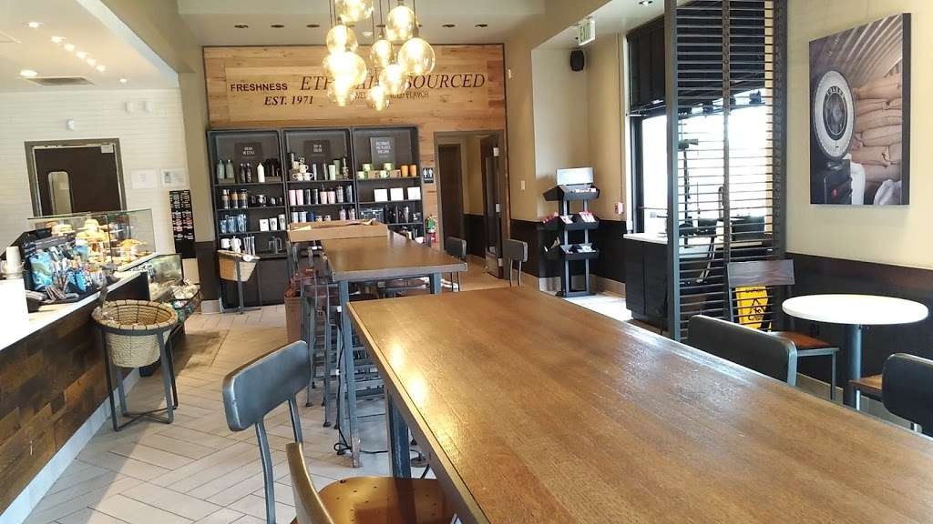Starbucks - cafe  | Photo 4 of 10 | Address: 3613 N Main St, Stafford, TX 77477, USA | Phone: (281) 840-1163