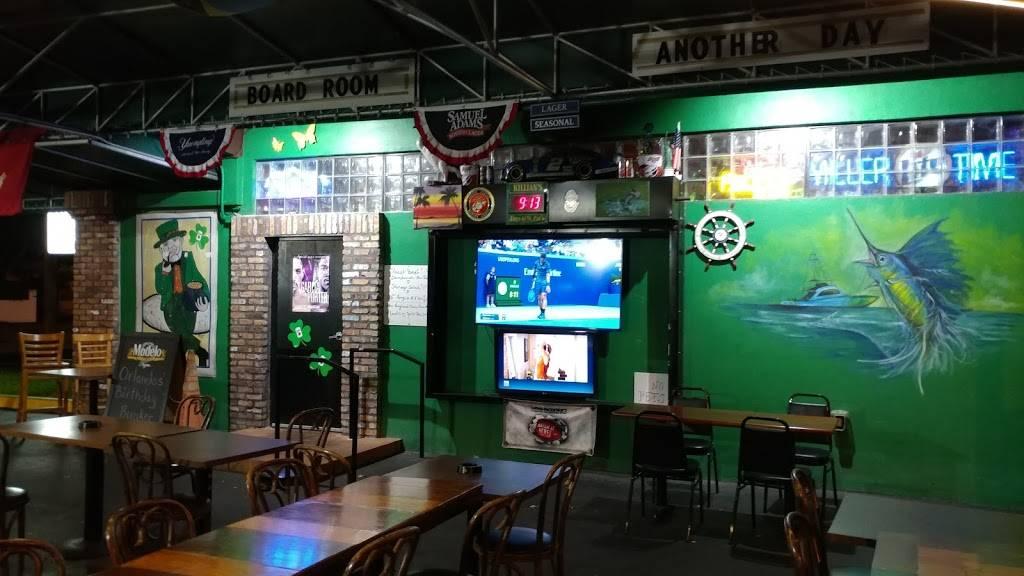 Duffys Tavern - restaurant  | Photo 5 of 9 | Address: 2108 SW 57th Ave, Miami, FL 33155, USA | Phone: (305) 264-6580