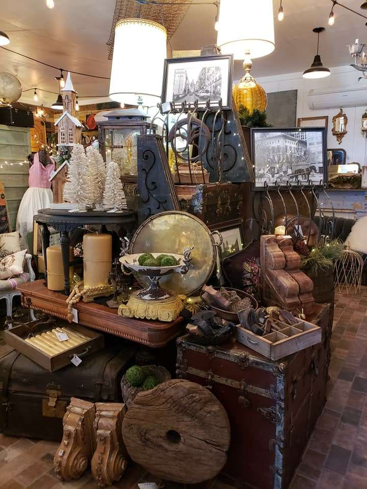 Junque Rescuers - home goods store  | Photo 3 of 10 | Address: 332 County Rd 223, Freeport, TX 77541, USA | Phone: (979) 799-6705