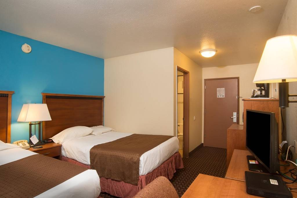 Americas Best Value Inn Lincoln Airport - lodging  | Photo 6 of 10 | Address: 3001 NW 12th St, Lincoln, NE 68521, USA | Phone: (402) 475-3211