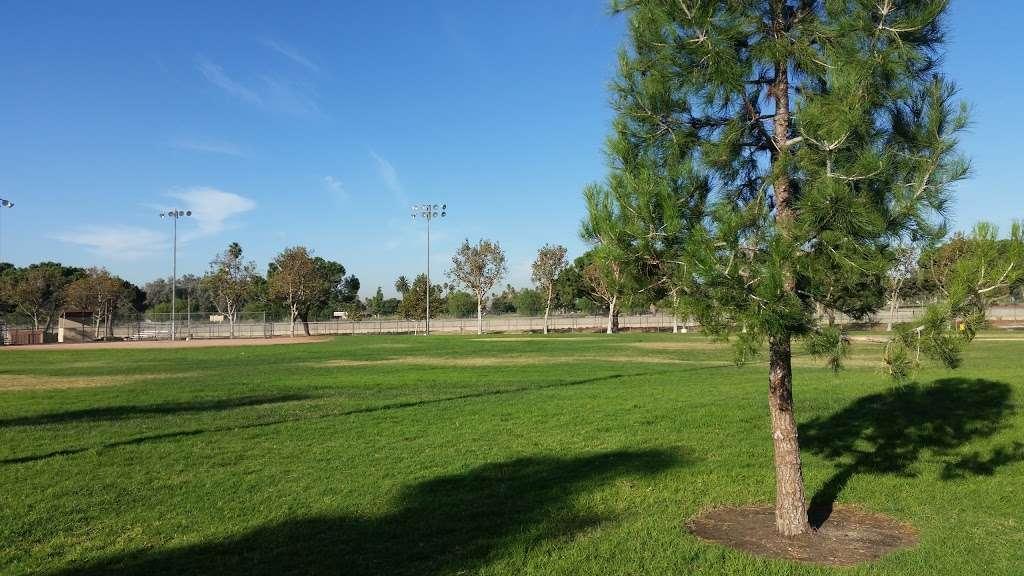 Westwind Park - park  | Photo 4 of 10 | Address: 2455 E Riverside Dr, Ontario, CA 91761, USA | Phone: (909) 395-2506
